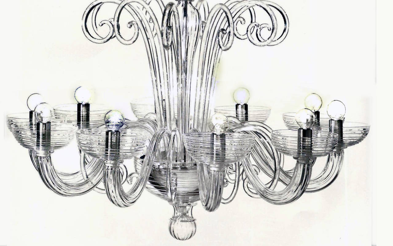 Mid-Century Modern Two Italian Mid-Century Style Clear Murano / Venetian Glass Ten-Arm Chandeliers For Sale