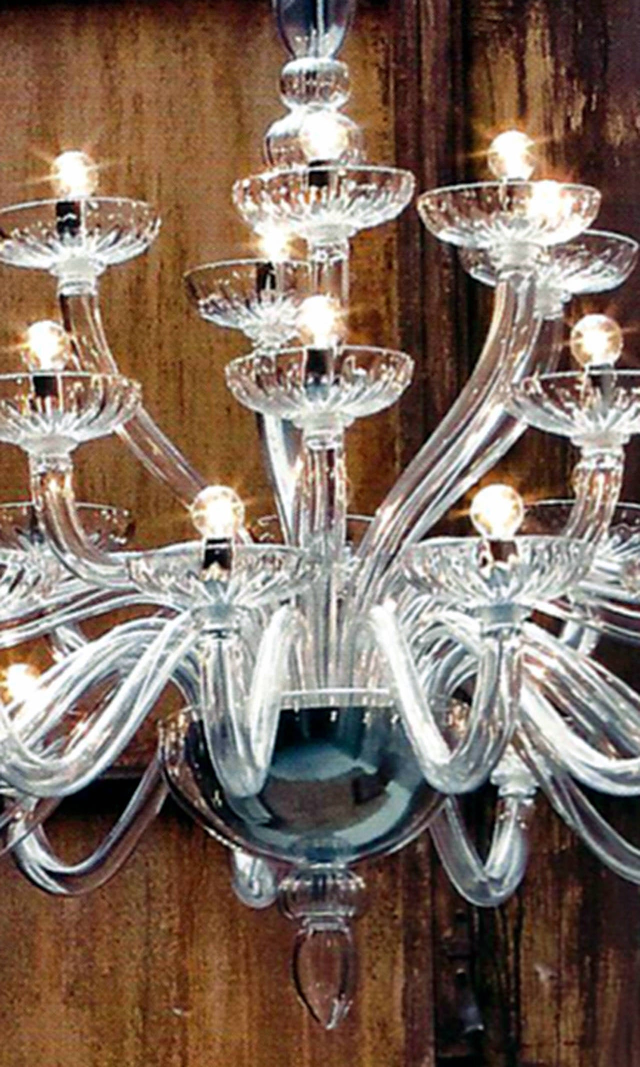 Monumental Italian Triple Tier 30 Arm Clear Murano / Venetian Glass Chandelier In Excellent Condition For Sale In New York, NY