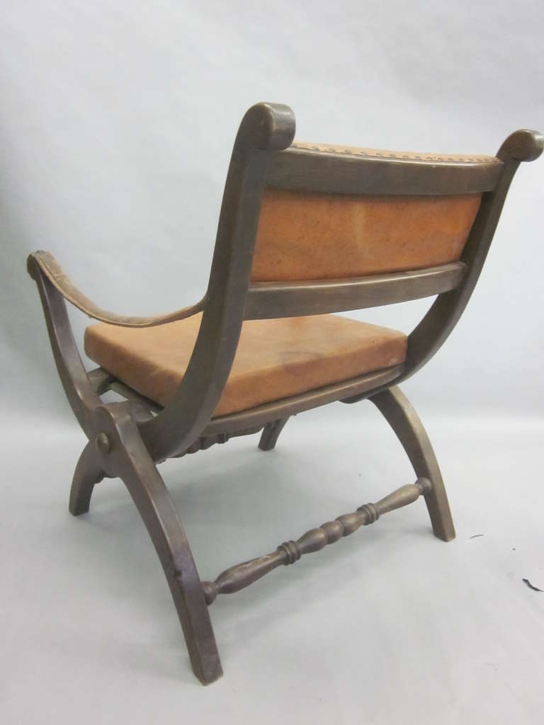 Pair of Italian Mid-Century Modern Neoclassical Leather Armchairs/ Lounge Chairs For Sale 1