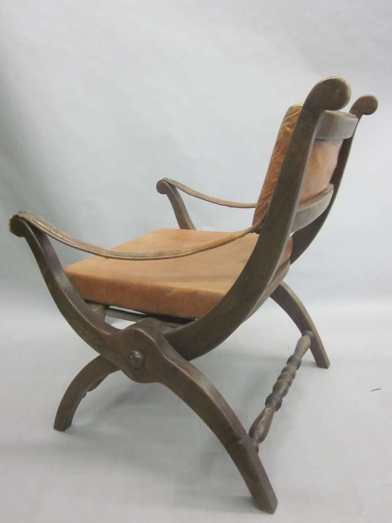 Pair of Italian Mid-Century Modern Neoclassical Leather Armchairs/ Lounge Chairs For Sale 3