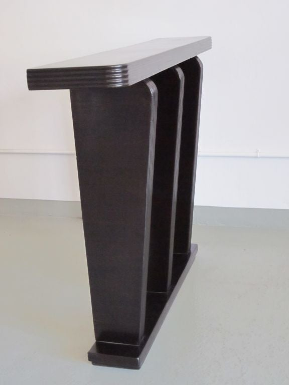 Wood Italian Mid-Century Modern Console Attributed to Franco Albini, circa 1930 For Sale