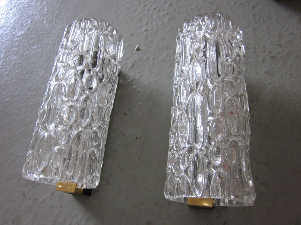 Pair of Italian Murano Glass Sconces In Good Condition For Sale In New York, NY