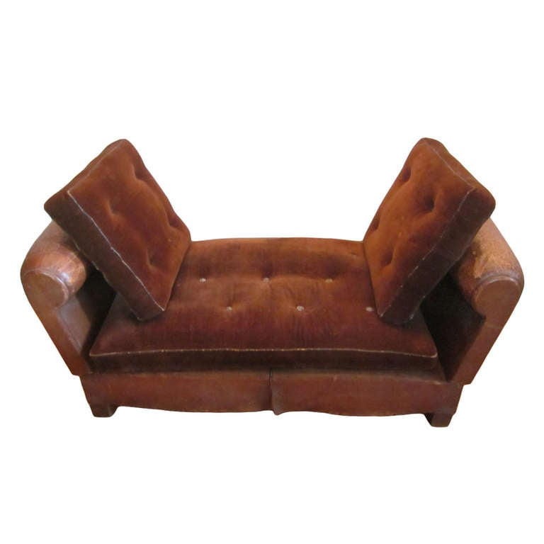 French adjustable leather settee daybed chaise longue at 1stdibs for Modern leather chaise longue