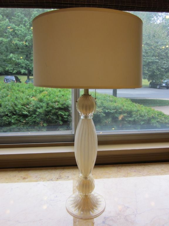 Pair of Italian White and Gold Murano Glass Table Lamps 2