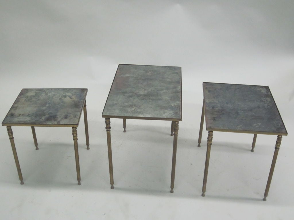 Set 3 French Mid-Century Modern Brass & Mirror Nesting Tables by Maison Jansen For Sale 1