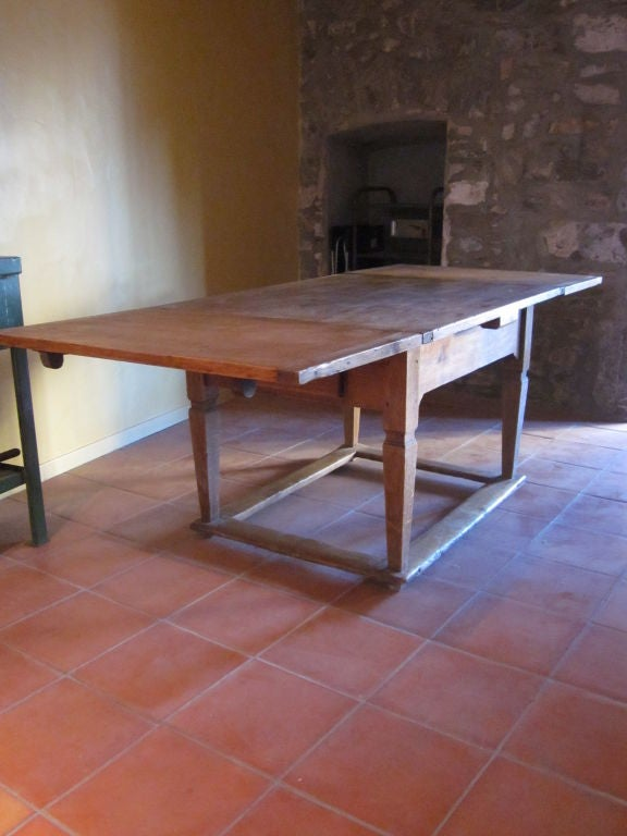 Sober 18th Century French Country Dining Table For Sale