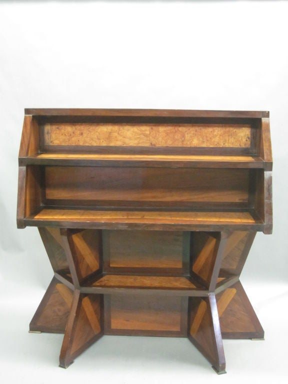 Important Italian Futurist Etagere Attributed to Giacomo Balla 2