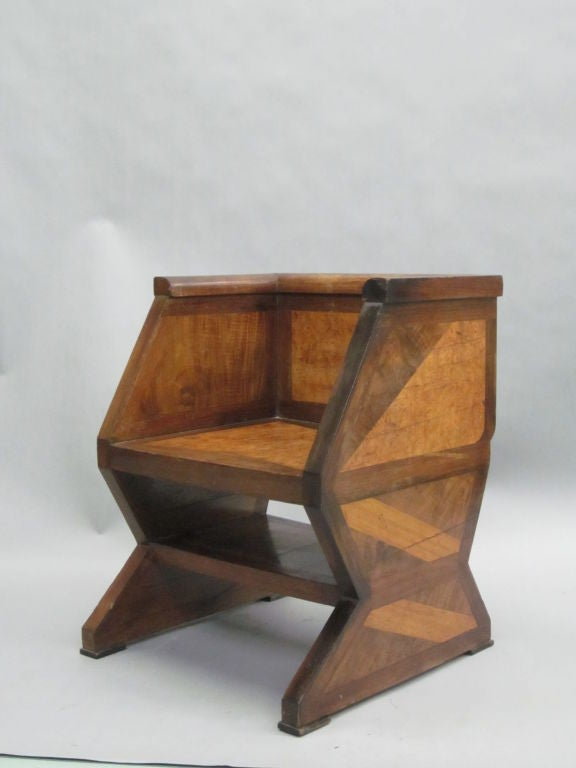 Important Italian Futurist Etagere Attributed to Giacomo Balla 10