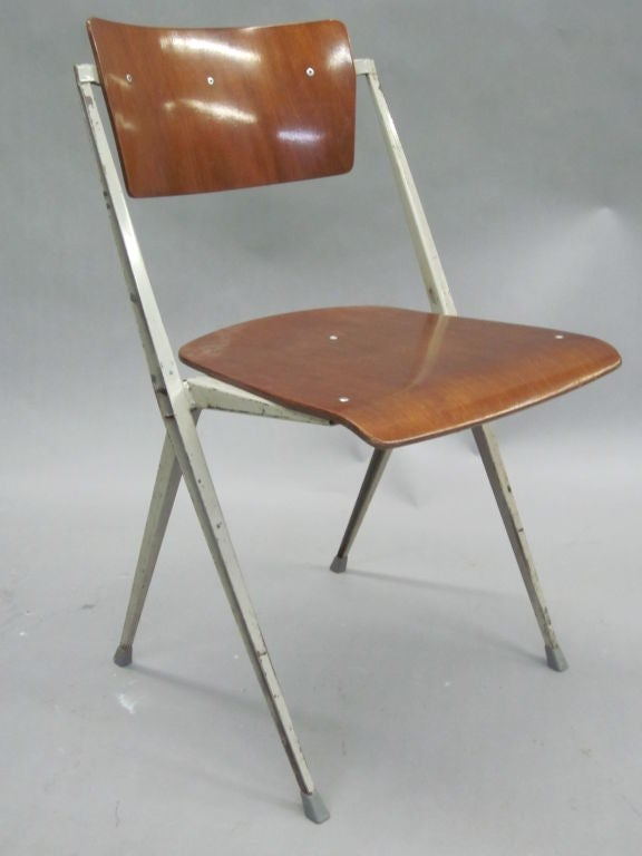 Two Dutch Mid-Century Modern Desk Chairs by Wim Rietveld In Good Condition For Sale In New York, NY