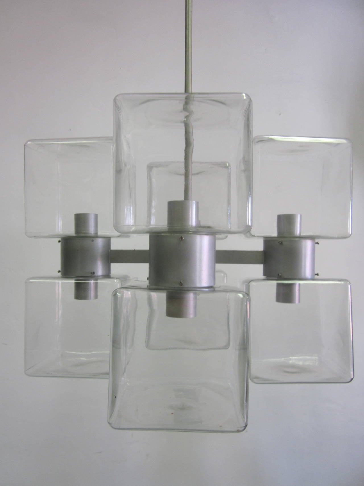 Italian Mid-Century Modern Murano / Venetian Glass Chandelier, 1960 In Good Condition For Sale In New York, NY