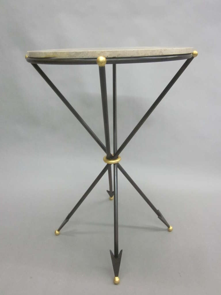 Pair of French 1940s Style Modern Neoclassical Side Tables In Good Condition For Sale In New York, NY