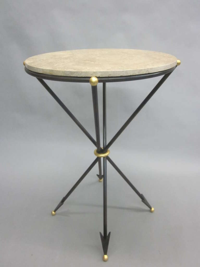 Art Deco Pair of French 1940s Style Modern Neoclassical Side Tables For Sale