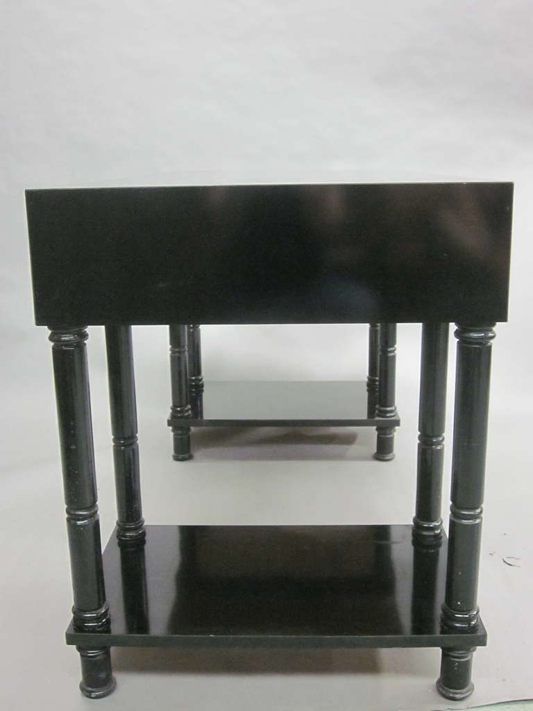 French Mid-Century Modern Neoclassical Black Lacquer Desk by Maison Jansen For Sale 2