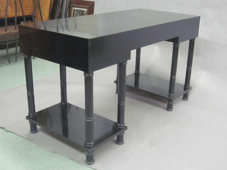 French Mid-Century Modern Neoclassical Black Lacquer Desk by Maison Jansen For Sale 3