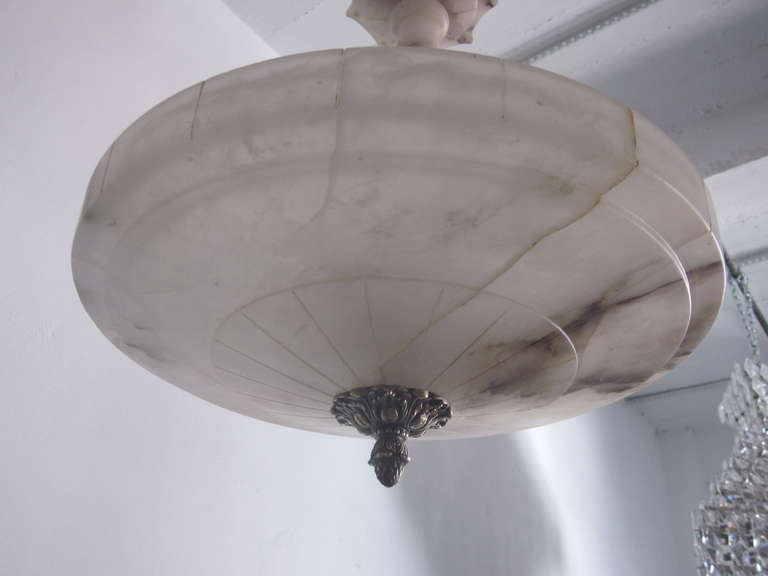 Italian Mid-Century Modern Neoclassical Alabaster Pendant or Chandelier For Sale 2