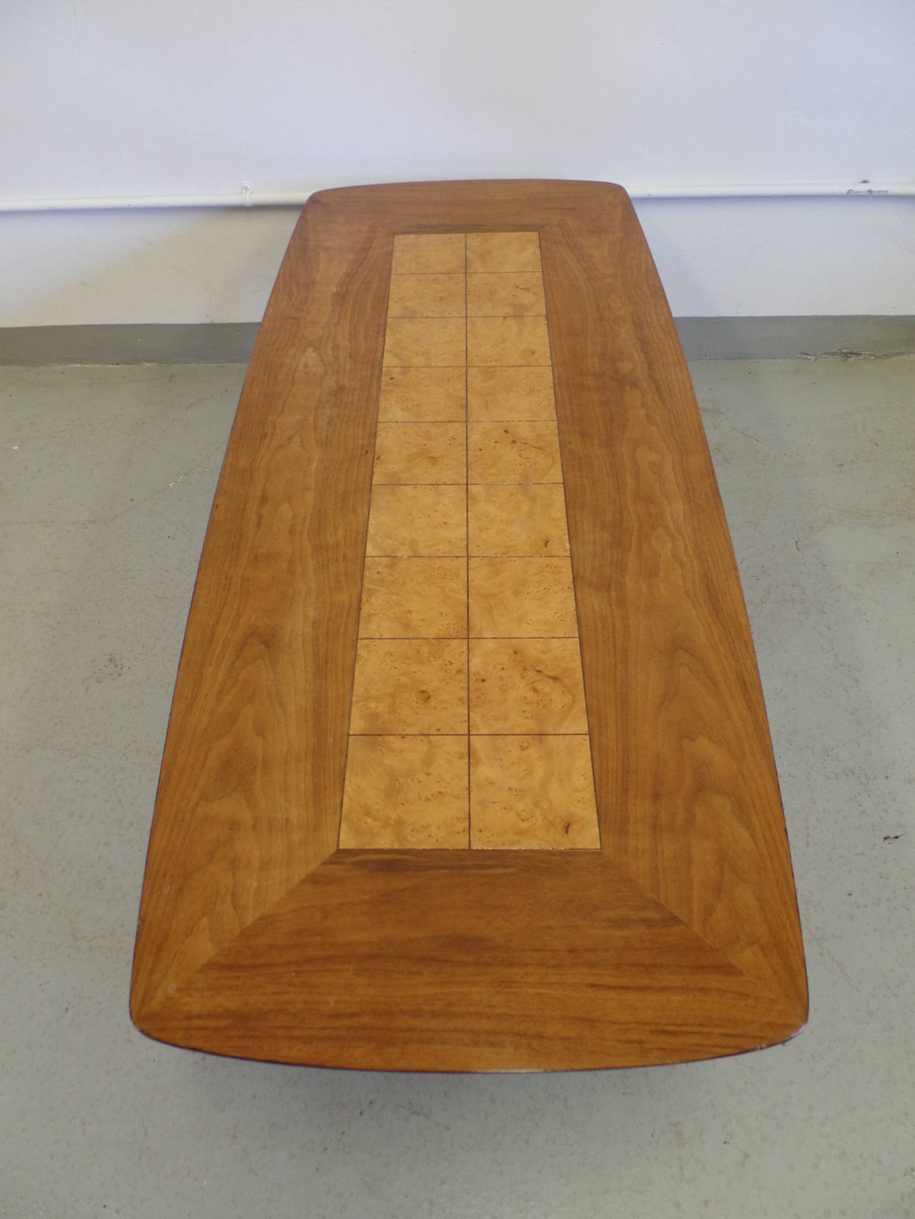 Cantilevered and Inlaid Italian Cocktail Table For Sale 1