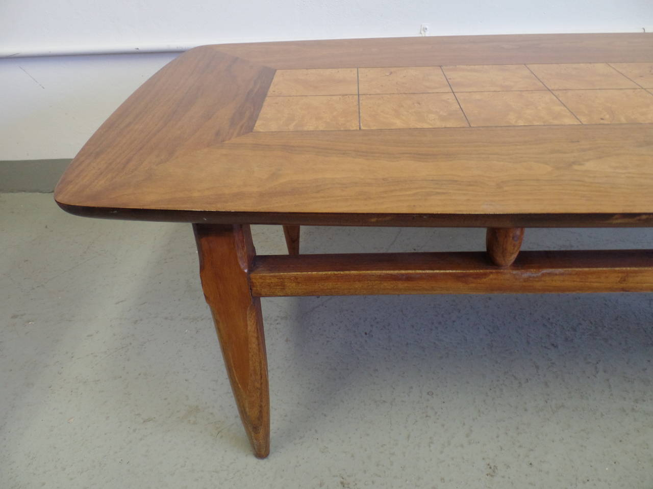 Cantilevered and Inlaid Italian Cocktail Table For Sale 2