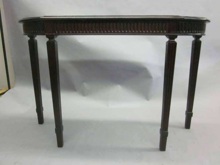Italian Modern Neoclassical Console Table in the Manner of Paolo Buffa 4