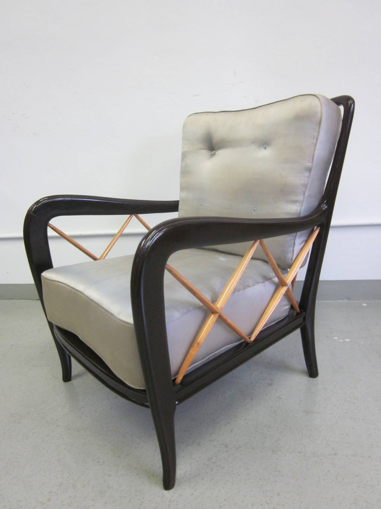 Mid-20th Century Pair of Italian Mid-Century Modern Neoclassical Lounge Chairs Attr. Paolo Buffa For Sale