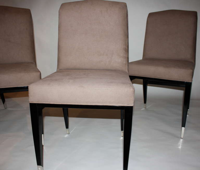 Mid-20th Century Set of Four Raphael Chairs For Sale