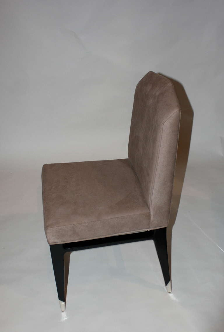 Set of Four Raphael Chairs In Excellent Condition For Sale In New York, NY