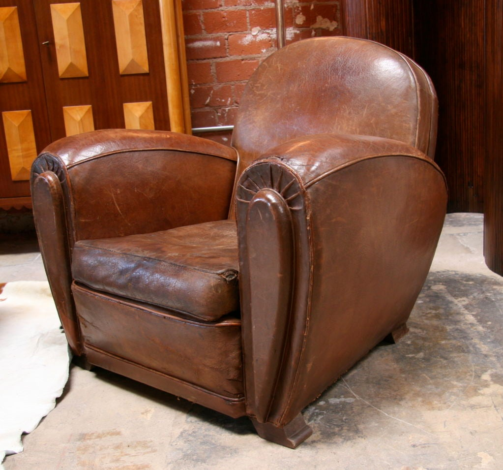 Italian 30 39 S Leather Club Chair At 1stdibs