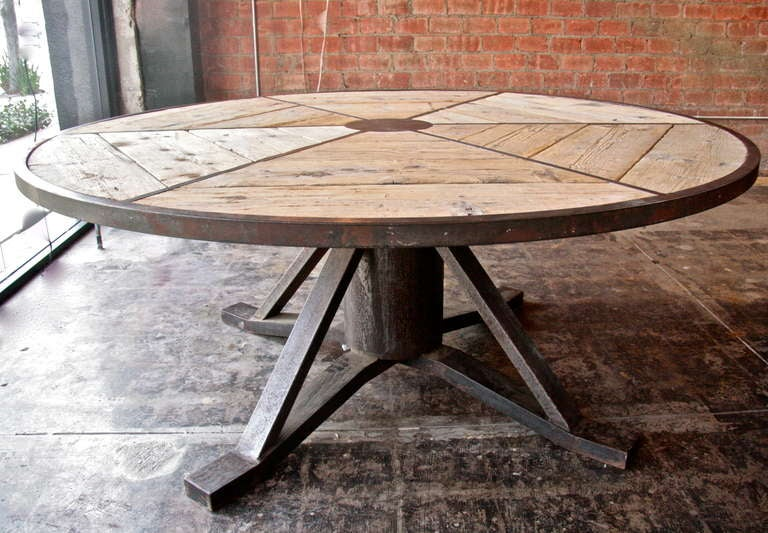 this industrial italian vintage round table is no longer available