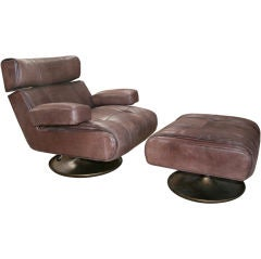 Osvaldo Borsani Lounge Chair with Ottoman, Model P103