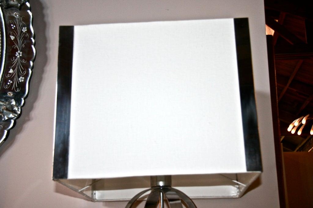 Italian 70's Steel Circular Ring Table Lamp For Sale 2
