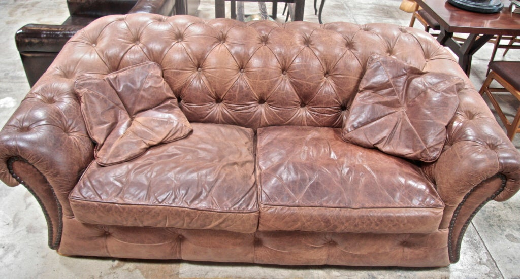 Italian 60\'s Leather Chesterfield Sofa at 1stdibs