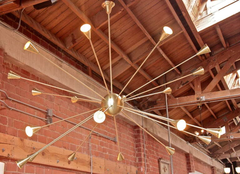 Brass Sputnik Chandelier with Twenty Arms In Excellent Condition For Sale In Los Angeles, CA