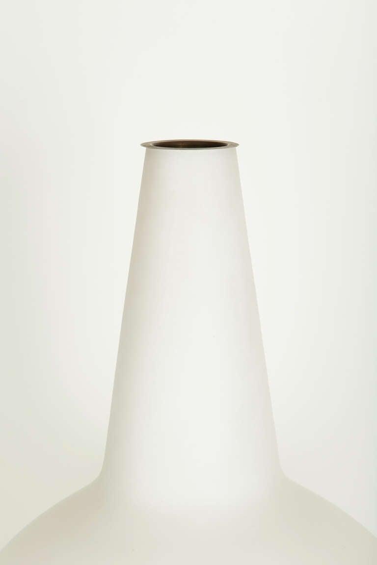 Italian Satin Glass Vase Lamp by Fontana Arte For Sale