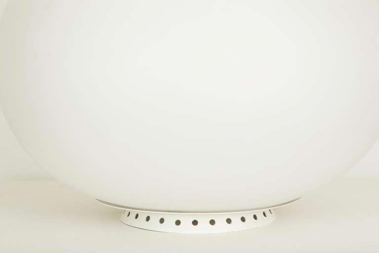 Satin Glass Vase Lamp by Fontana Arte 6