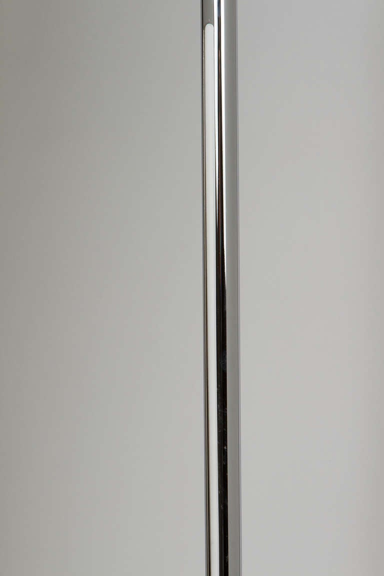 Linea Floor Lamp by Nanda Vigo for Arredoluce In Excellent Condition For Sale In Los Angeles, CA