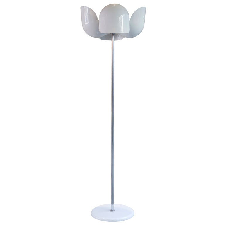 White Enameled Floor Lamp by Valenti Change
