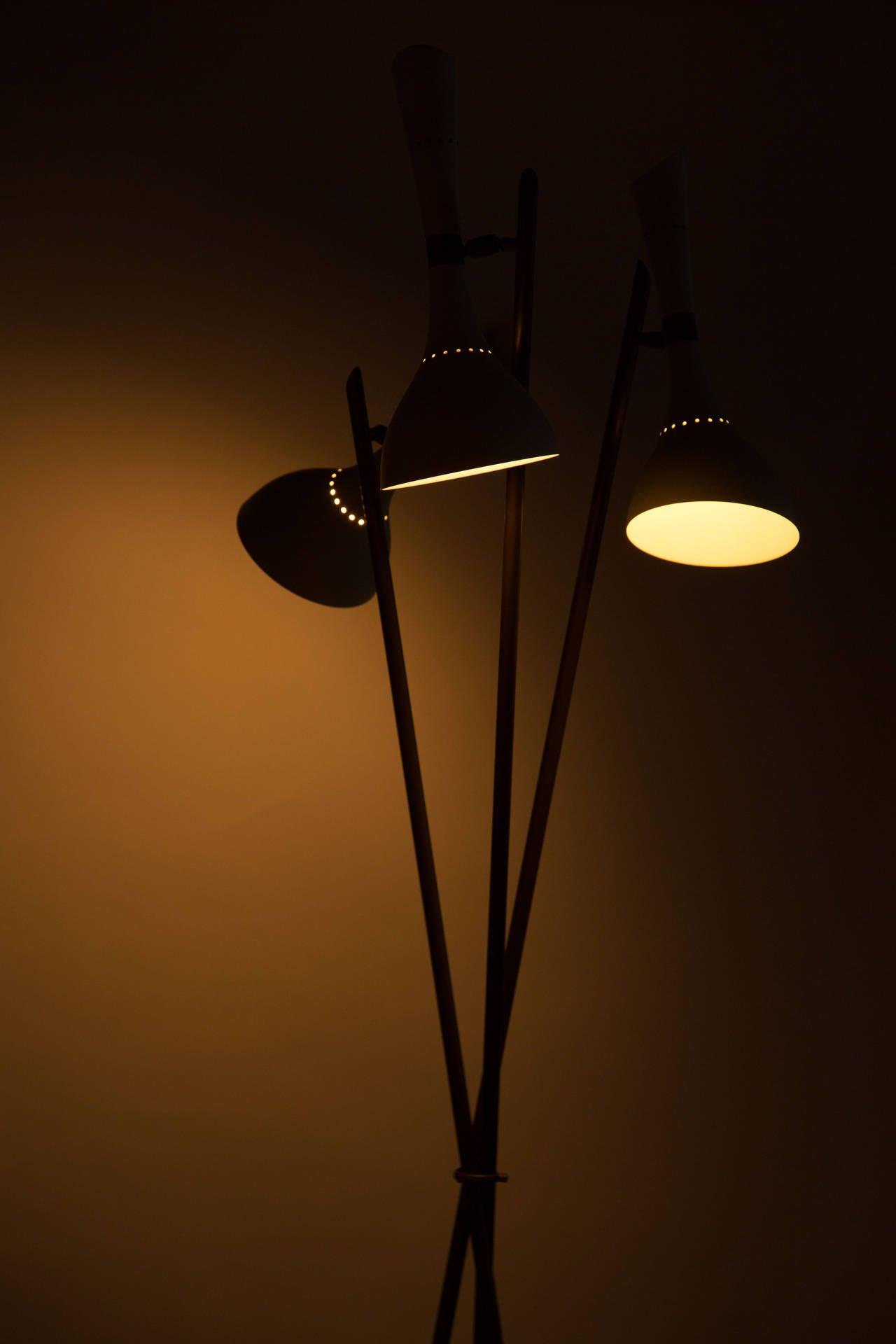 Rare angelo lelli floor lamp for arredoluce at 1stdibs for Arredo luce