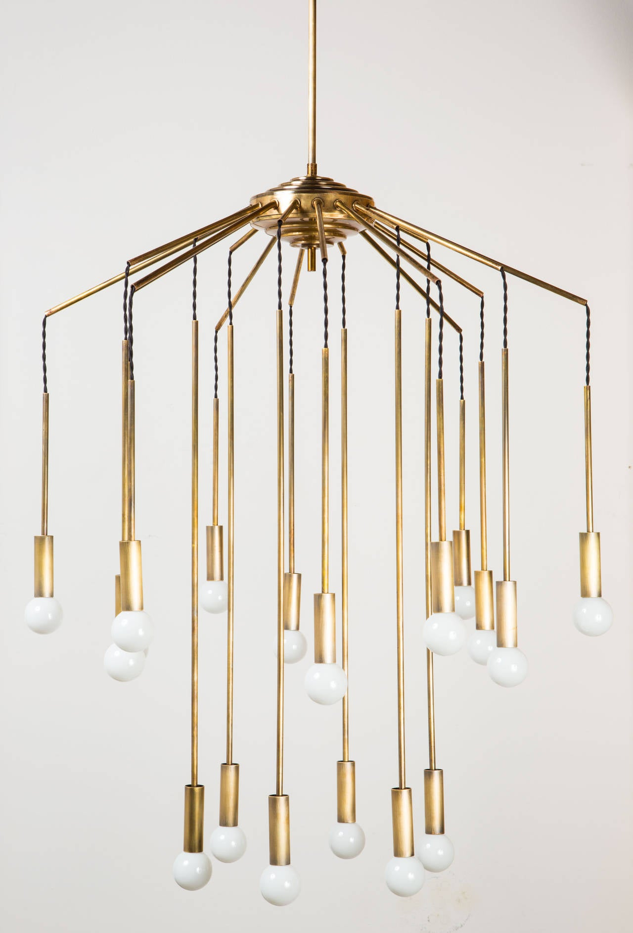 Italian Eighteen Arm Chandelier 5