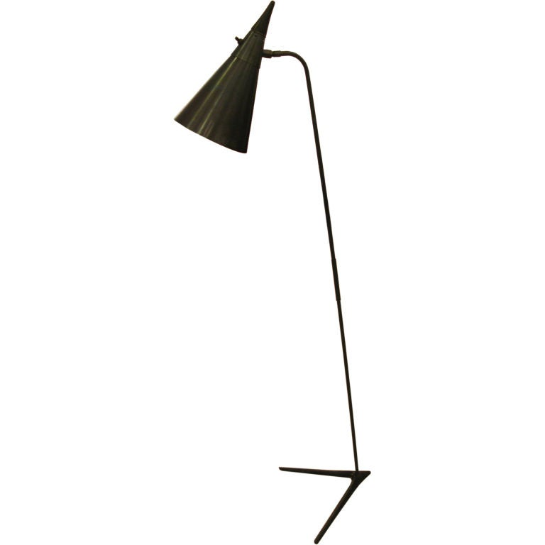 Black metal brass and teak floor lamp at 1stdibs for Chunky brass floor lamp