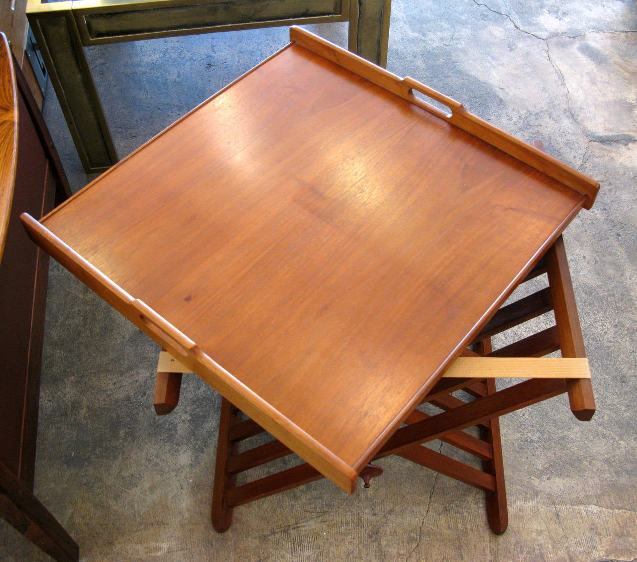 Drexel Folding Tray Table 1 At 1stdibs