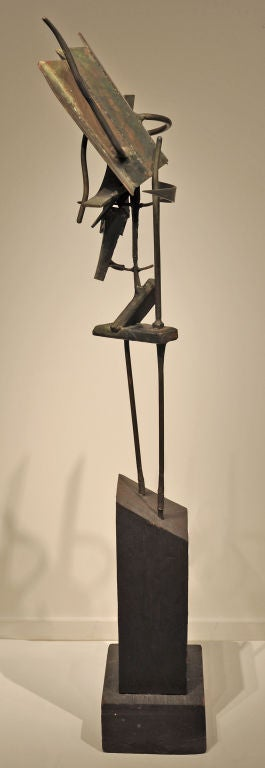 Hand-Crafted Modernist Welded Steel Sculpture by Oliver Andrews For Sale