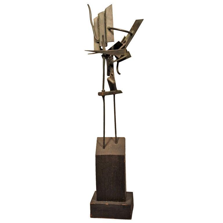 Modernist Welded Steel Sculpture by Oliver Andrews For Sale