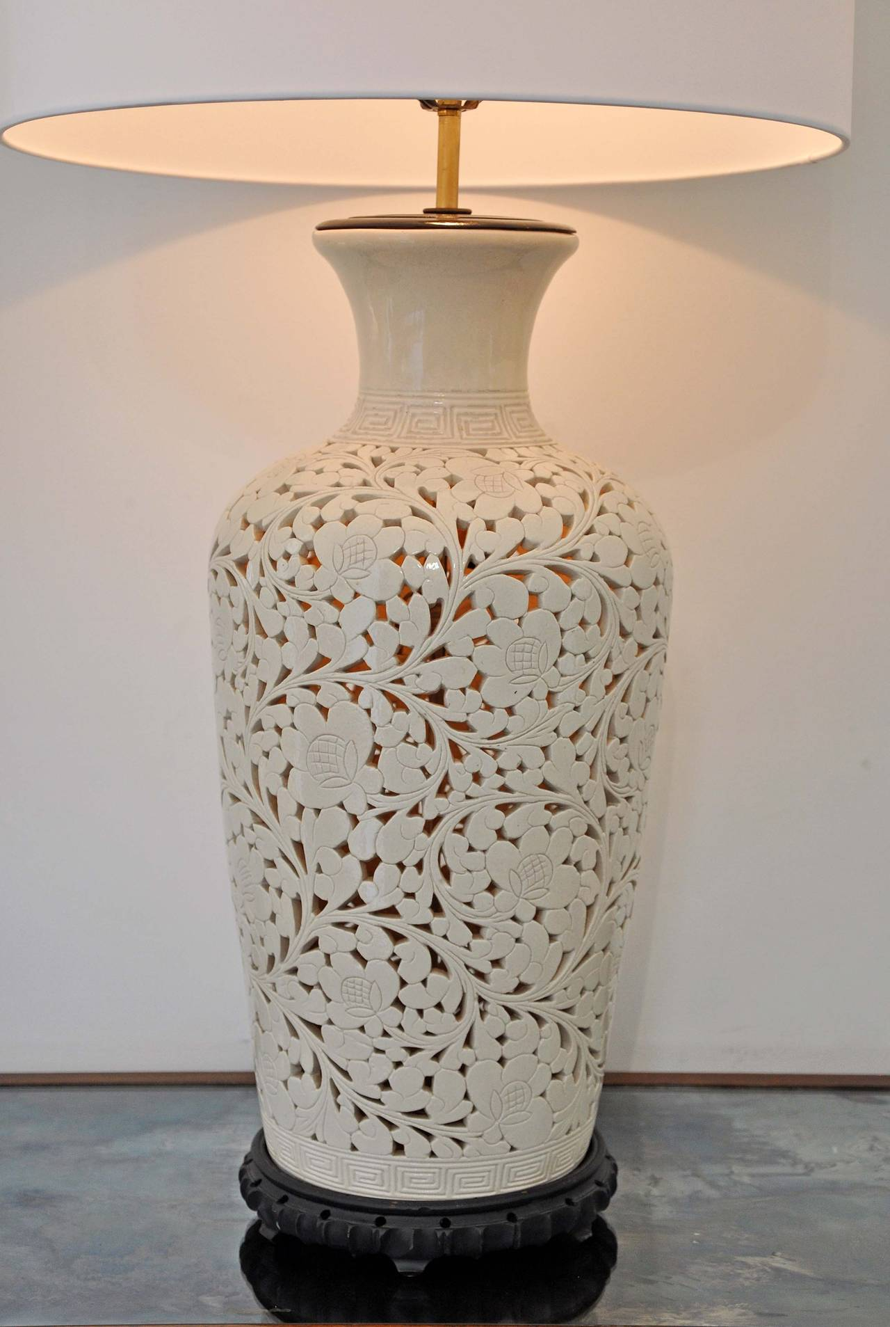 Good Large Pierced And Glazed Ceramic Lamp Featuring An Interior Light. Shade Is  New Silk And