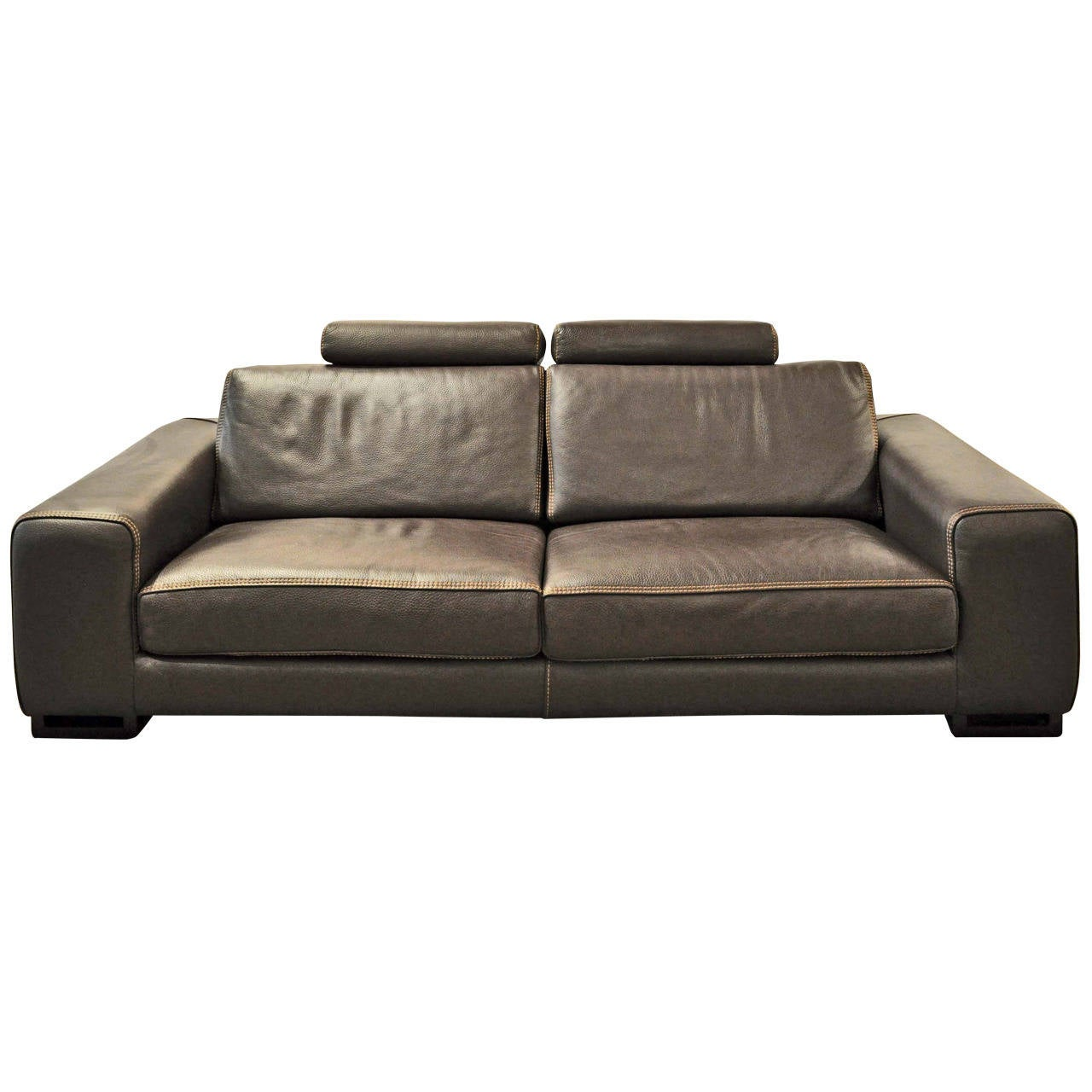 Roche bobois chocolat upholstered leather sofa at 1stdibs for Chaise longue roche bobois