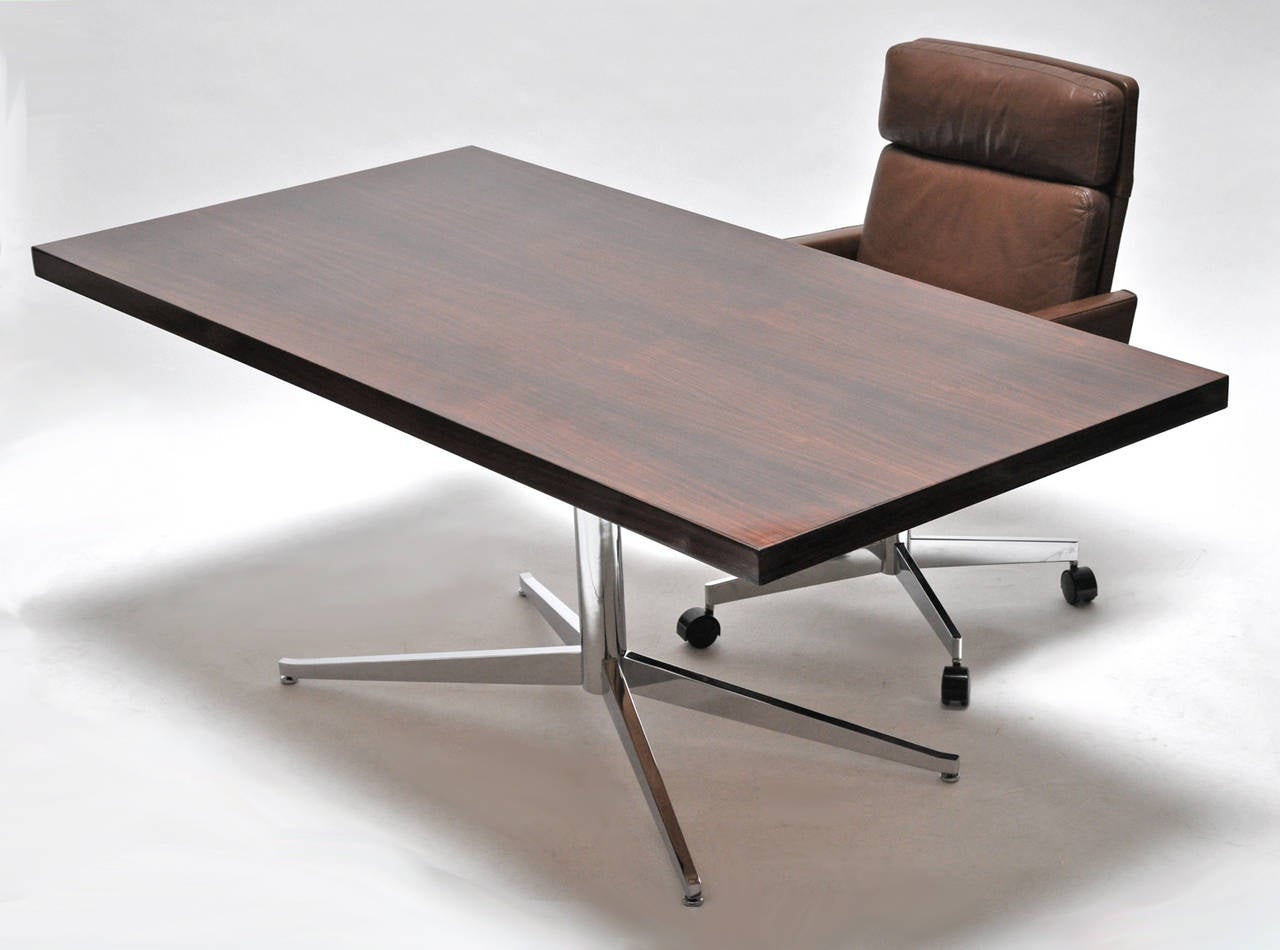 Mid-Century Modern Florence Knoll Table or Desk For Sale
