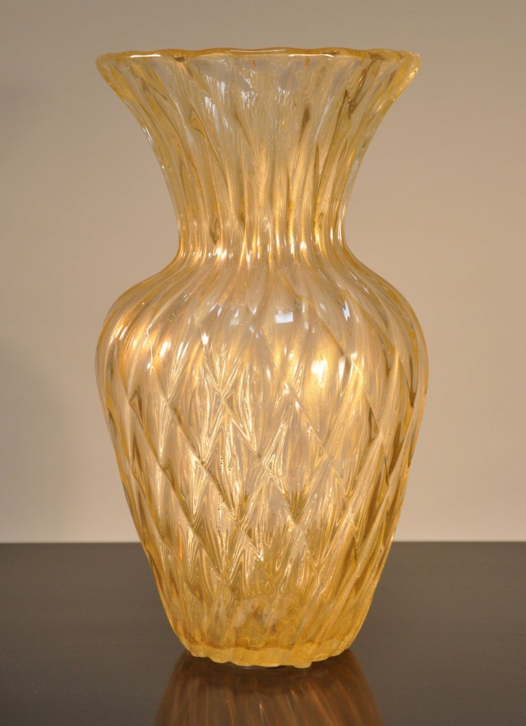 Barovier and toso large glass vase at 1stdibs for Barovier e toso