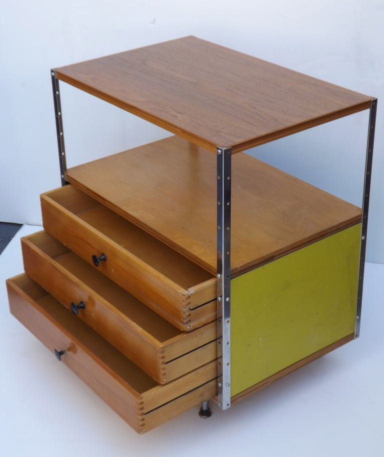 American ESU 100 by Charles and Ray Eames For Sale