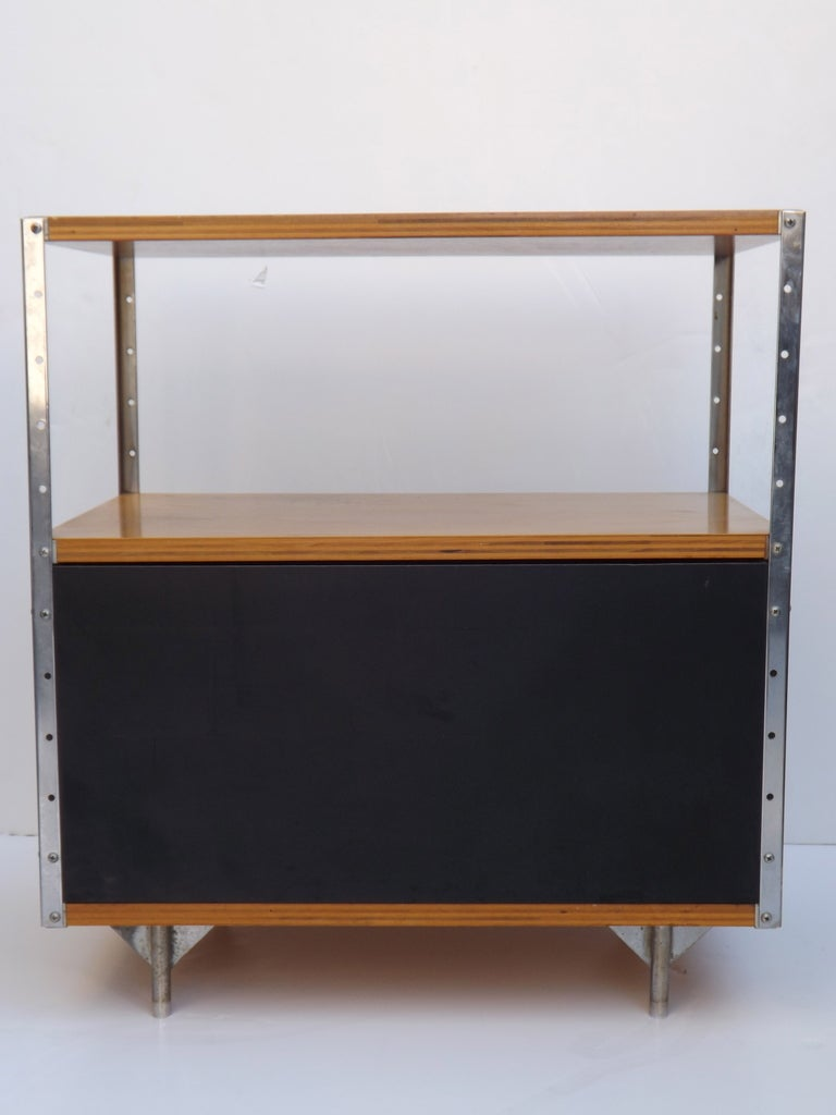 Mid-20th Century ESU 100 by Charles and Ray Eames For Sale