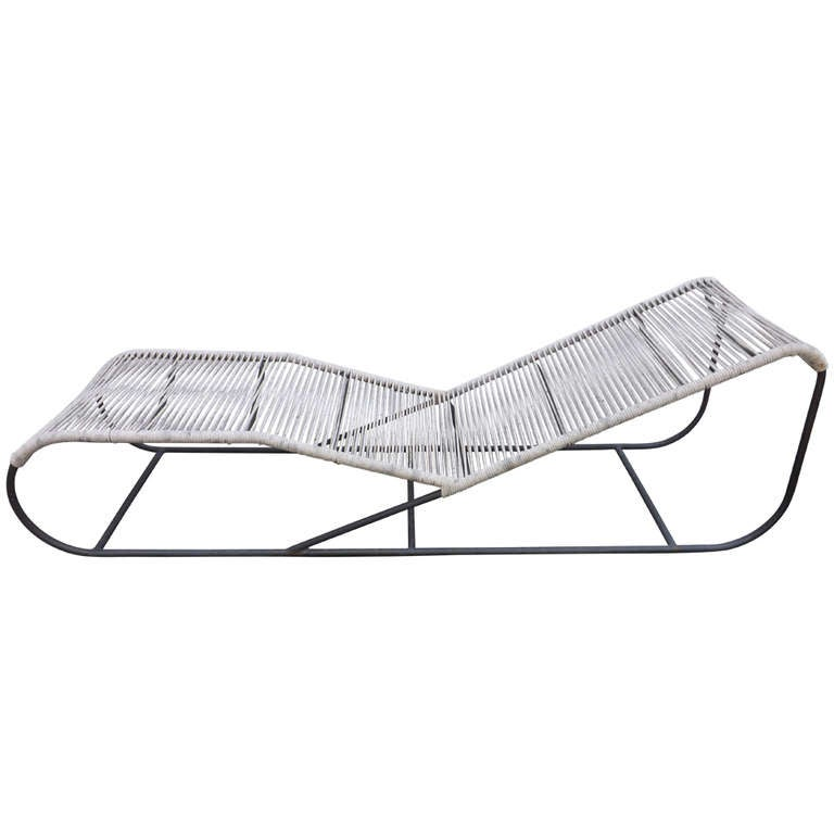 Kipp stewart bronze chaise longue at 1stdibs for Chaise longue pour bronzer