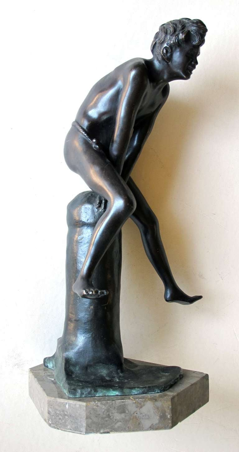 An Italian Grand Tour Bronze Figure of a Young Male Athlete; Signed 'Gerente' For Sale 1