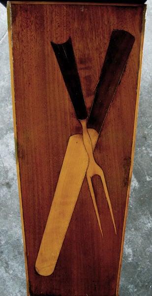 19th Century A Charming English Late Regency Walnut Cutlery Box For Sale